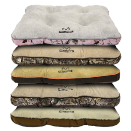 "DMC Realtree Tufted Gusset Pet Bed 30"" x 40"""